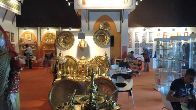 le salon international de l 39 artisanat traditionnel d 39 alger