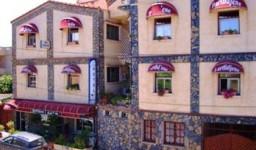L'hôtel Dar Tlidjene à Ain Taya