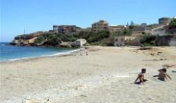 La plage Grand Rocher à Aïn Benian